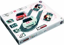 Autodráha Mondo Motors 1:43 Scale Radio Control Fiat 500 Vs 500 Oval Slot Race Track