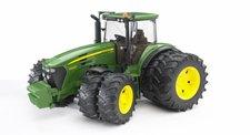 Bruder 03052 - Traktor John Deere 7930 s přídavnýma kolama