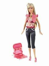 Mattel Barbie rodina - Panenka Barbie s křeslem