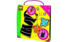 Módní taška s cool přívěšky