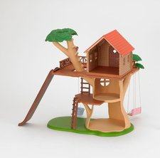 Sylvanian Families D�m na strom�